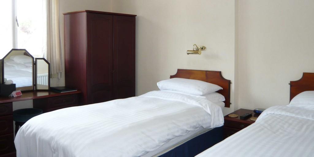 Twin Room Accommodation Uk